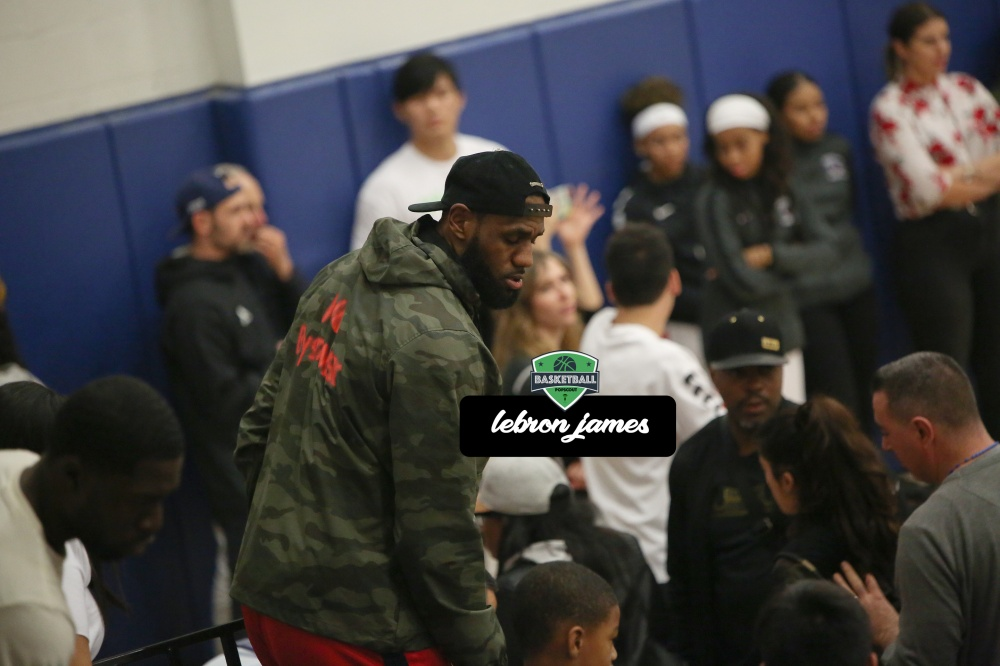 bronny-at-the-game.jpg